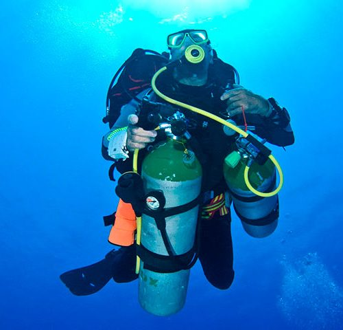 Tec 40 - image buceo-tecnico-500x480 on https://oceanoscuba.com.co