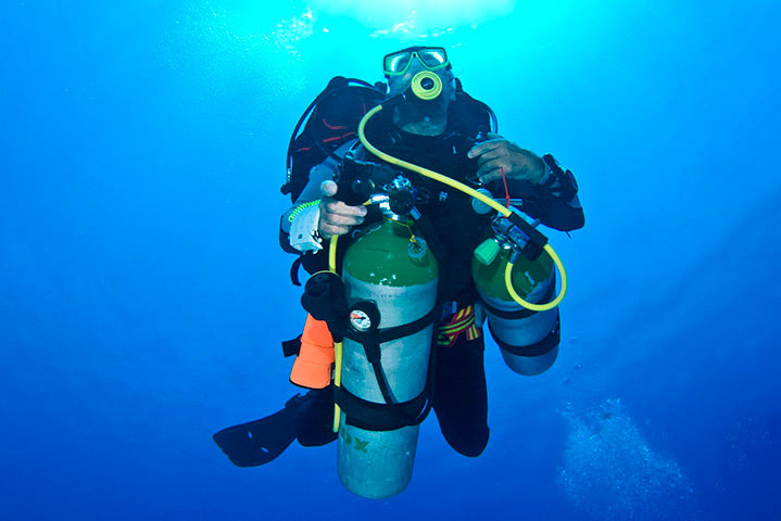 Tec 45 - image buceo-tecnico on https://oceanoscuba.com.co